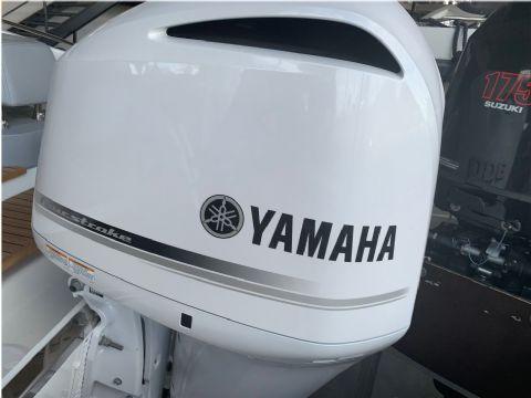 Yamaha F300BETU White